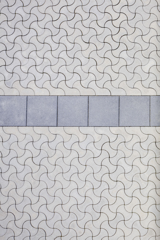 Pflasterstein SINUS nativo Grau Randstein 318 x 176 x 100 mm rechts