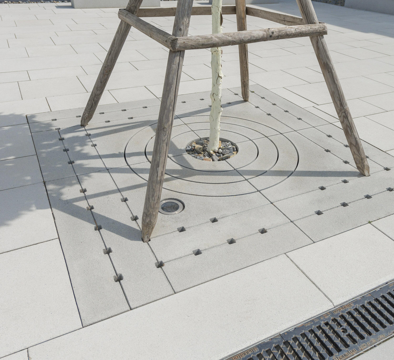 BAUMQUARTIER Grau 1950 x 1950 x 600 x 120 mm