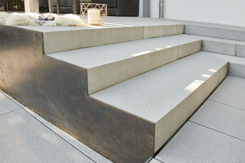 BLOCKSTUFE ferro Grau-Uni 1200 x 400 x 150 mm ohne Kopfbearbeitung