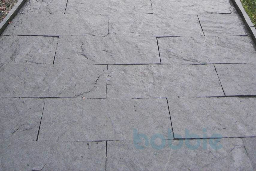 """Bodenplatten """"gespalten"""" 20 cm x 20 cm"""