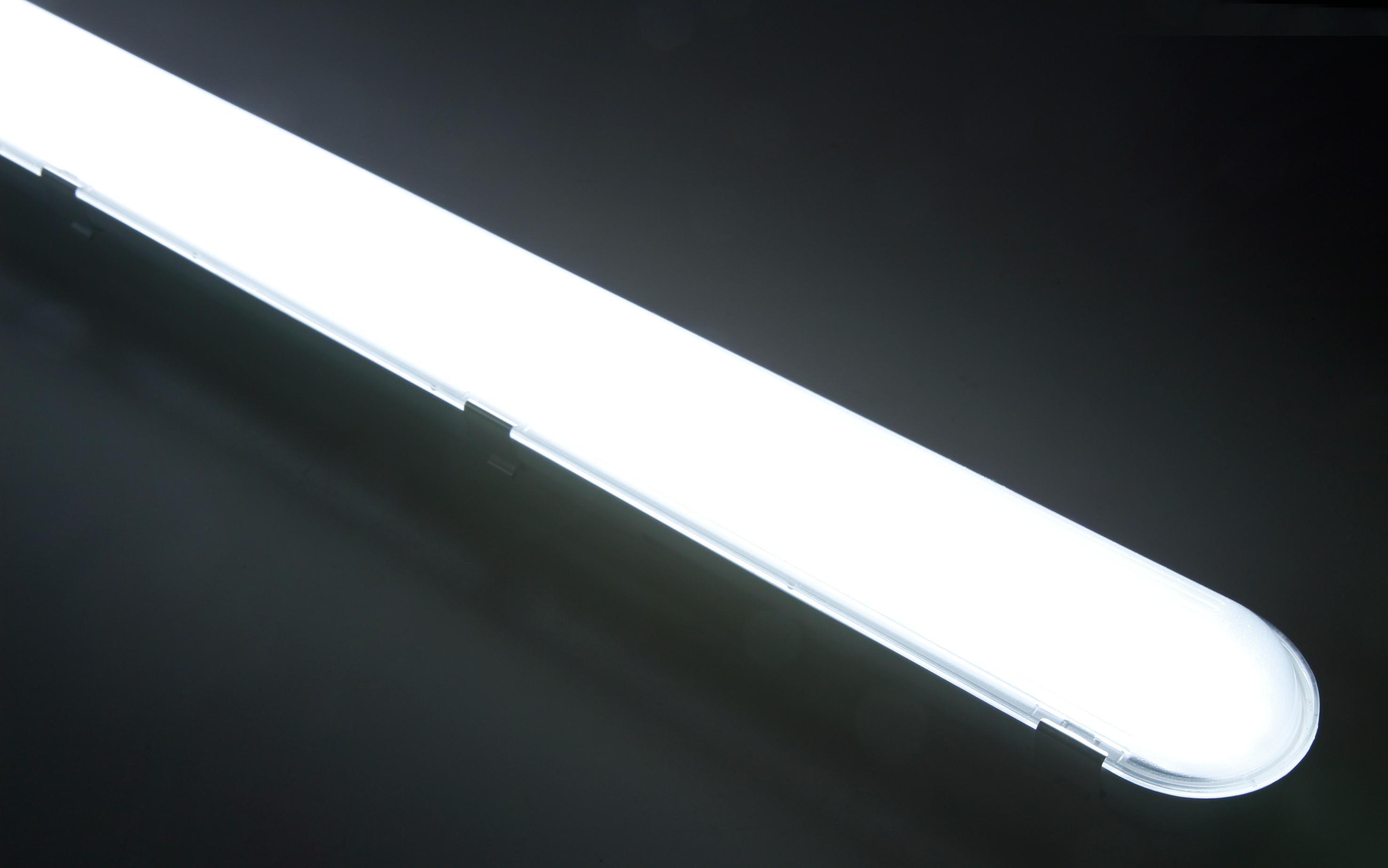 LED Feuchtraumleuchte McShine ''FL-215'', IP65, 7.200lm, 4000K, 150cm, neutralweiß